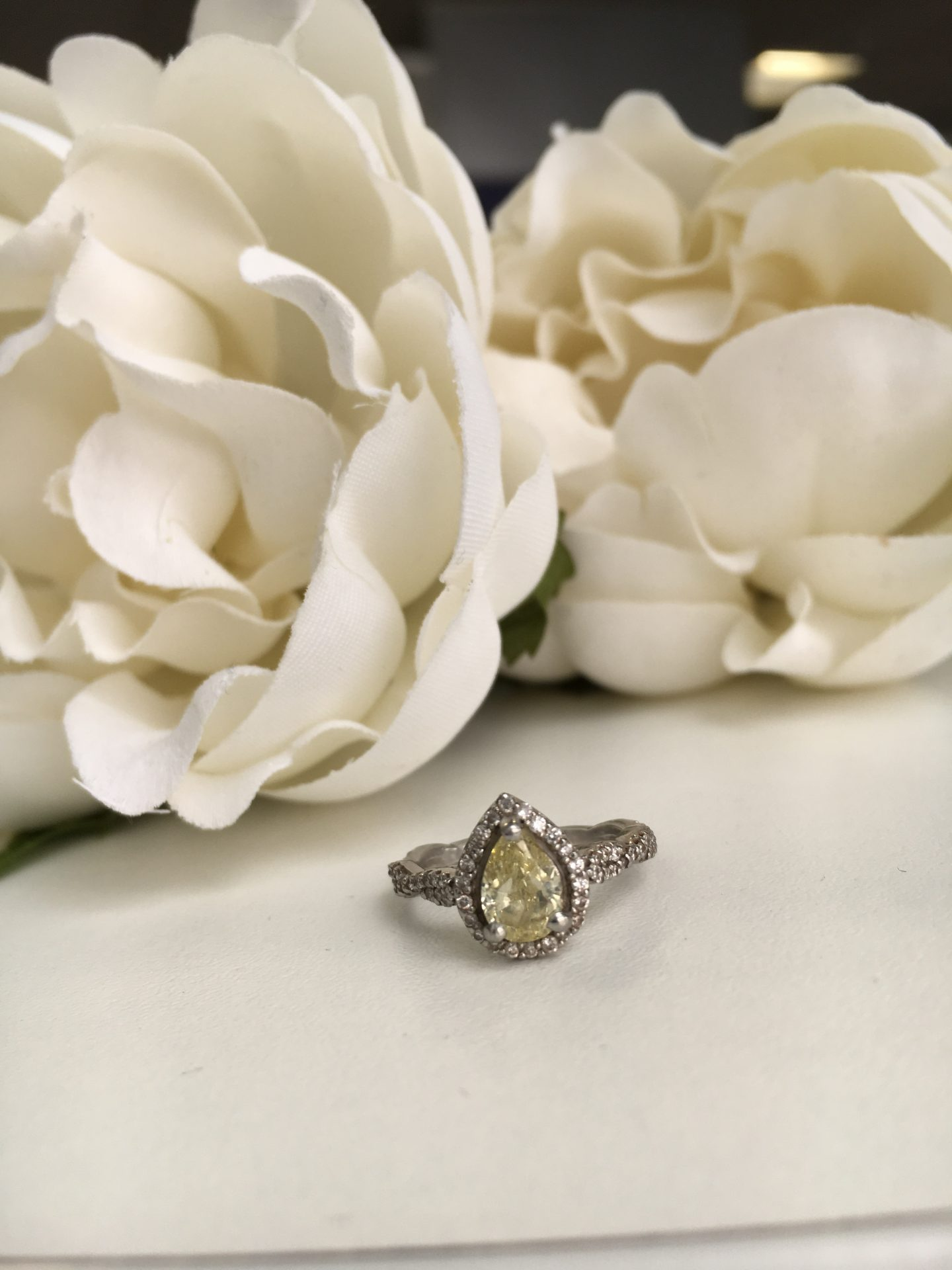 OUR PROPOSAL STORY + MY ENGAGEMENT RING DESIGN