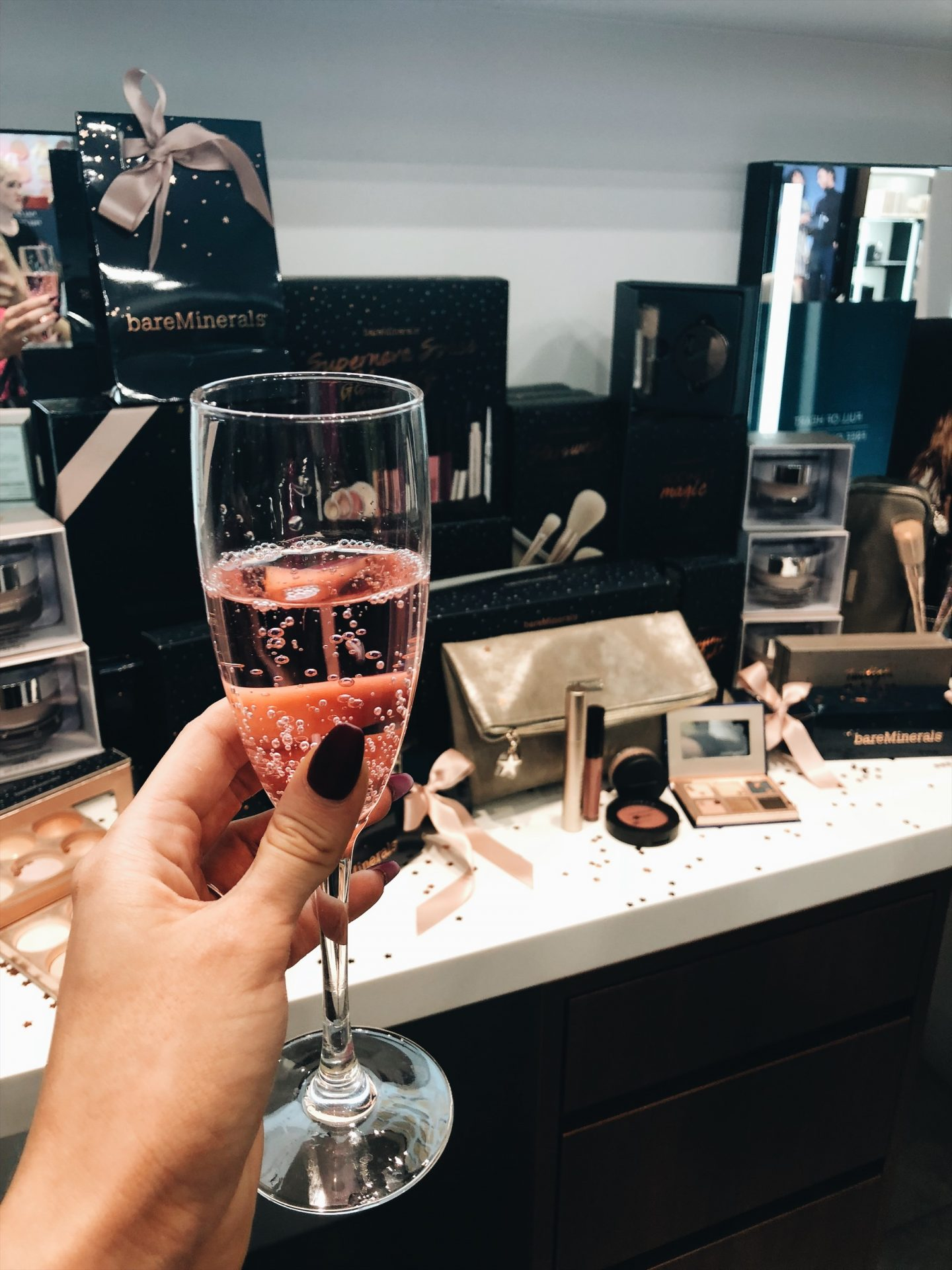 BAREMINERALS GLASGOW ARE HOSTING A VIP CHRISTMAS EVENT + YOU'RE INVITED