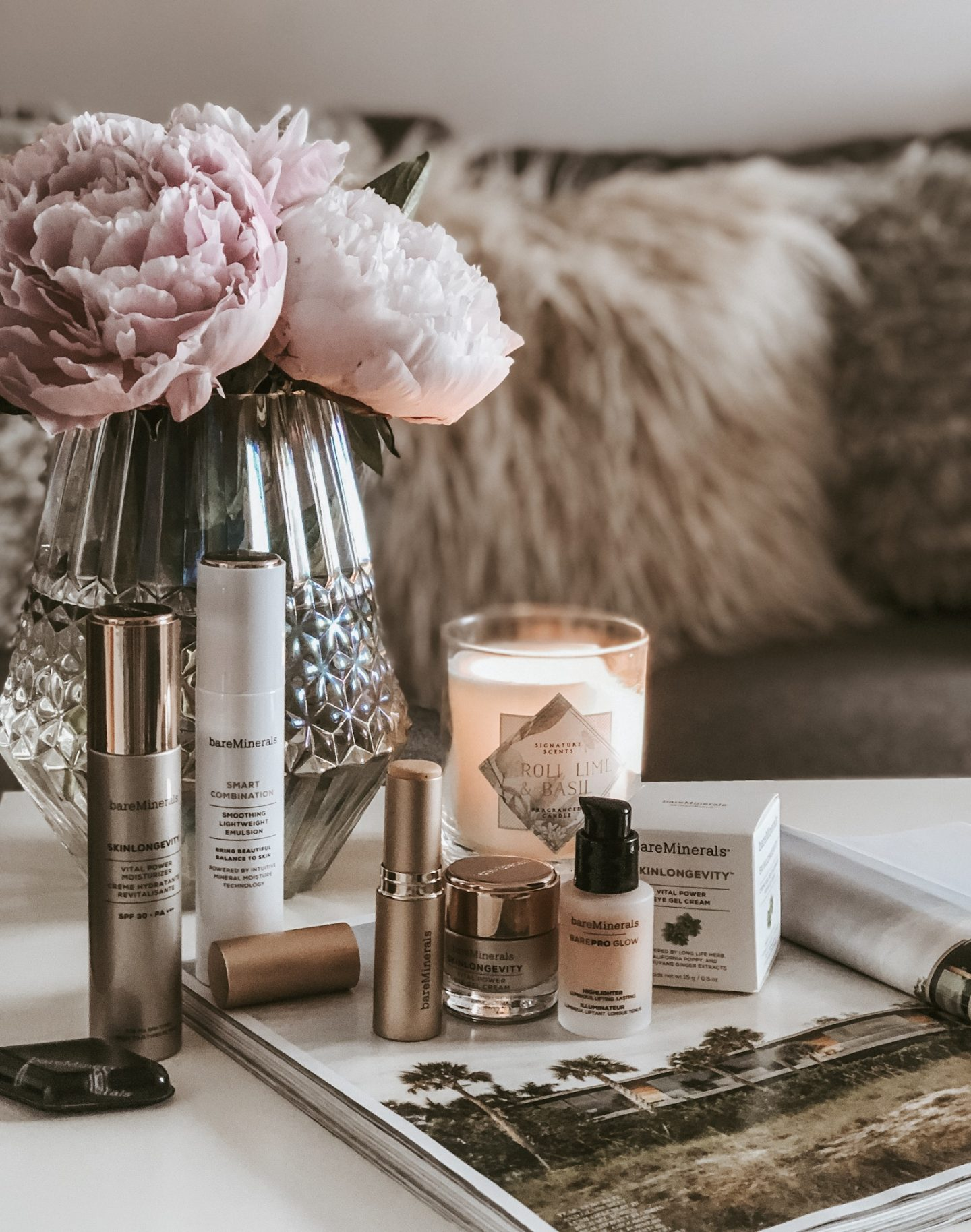 THE POWER OF GOOD SKIN WITH BAREMINERALS